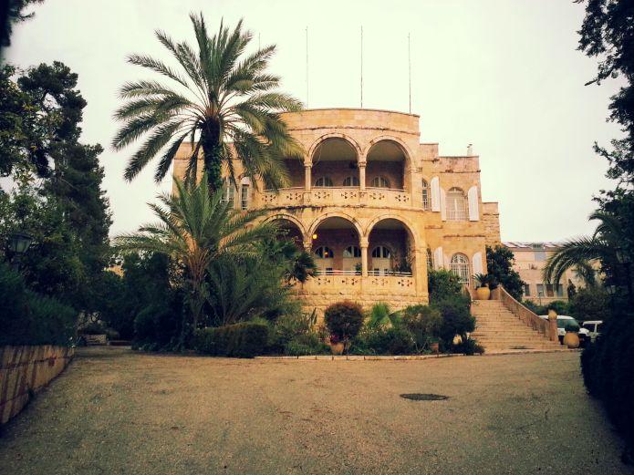 השגרירות הנוצרית